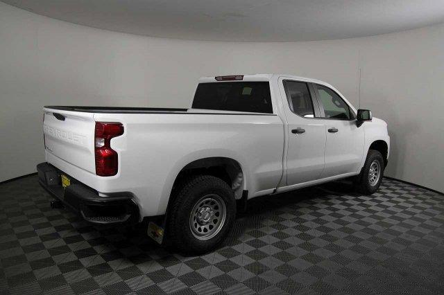 2019 Silverado 1500 Double Cab 4x4,  Pickup #D190939 - photo 2