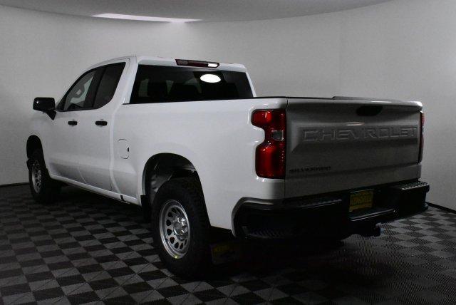 2019 Silverado 1500 Double Cab 4x4, Pickup #D190941 - photo 2