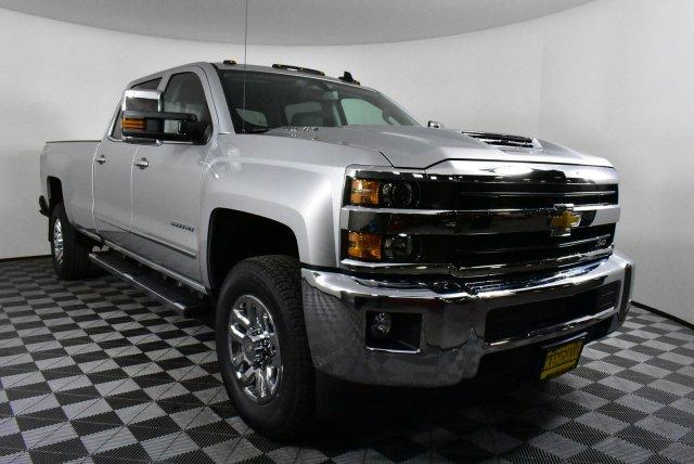 2019 Silverado 3500 Crew Cab 4x4,  Pickup #D190957 - photo 4