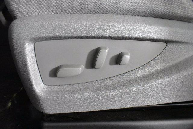 2019 Chevrolet Silverado Medium Duty Crew Cab DRW 4x4, Platform Body #D191021 - photo 11