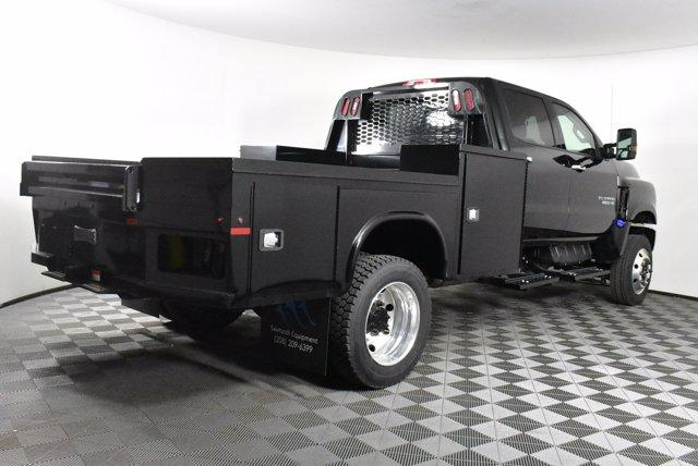 2019 Chevrolet Silverado Medium Duty Crew Cab DRW 4x4, Platform Body #D191021 - photo 6