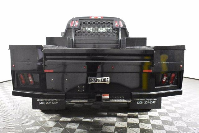 2019 Chevrolet Silverado Medium Duty Crew Cab DRW 4x4, Platform Body #D191021 - photo 7