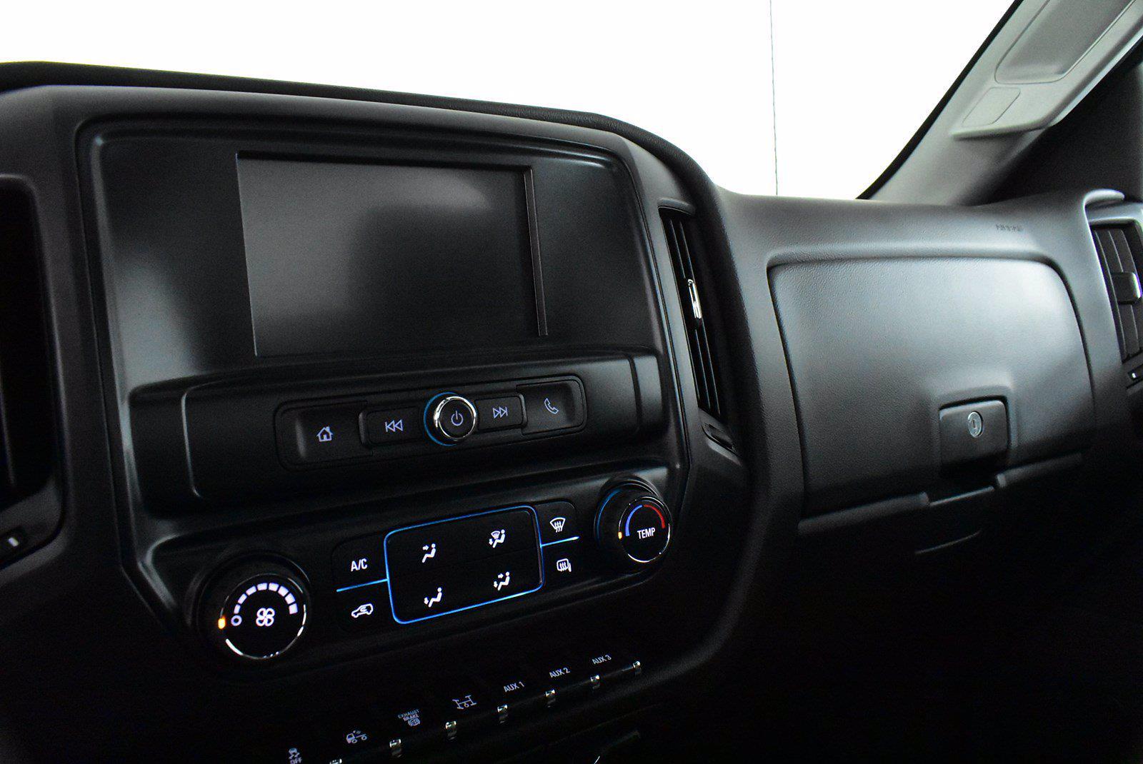 2019 Chevrolet Silverado 5500 DRW 4x2, Cab Chassis #D191062 - photo 7