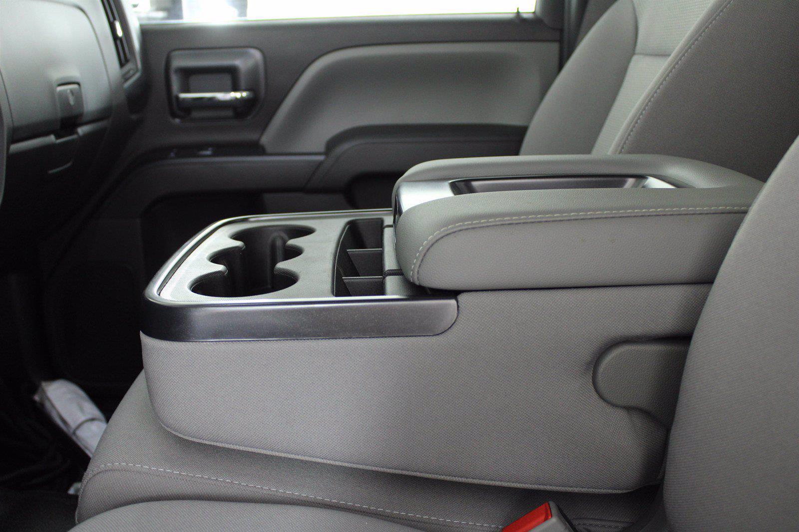 2019 Chevrolet Silverado 5500 DRW 4x2, Cab Chassis #D191062 - photo 16