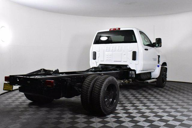 2019 Chevrolet Silverado Medium Duty Regular Cab DRW RWD, Cab Chassis #D191062 - photo 2