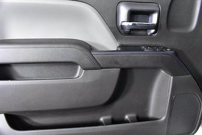2019 Chevrolet Silverado 5500 DRW 4x2, Cab Chassis #D191062 - photo 6