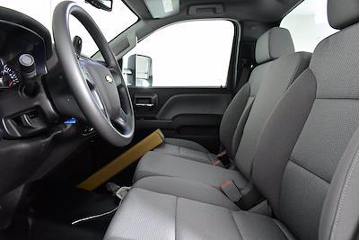 2019 Chevrolet Silverado 5500 DRW 4x2, Cab Chassis #D191062 - photo 8