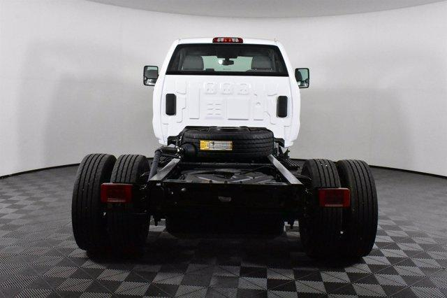 2019 Silverado Medium Duty Regular Cab DRW 4x2,  Cab Chassis #D191281 - photo 7