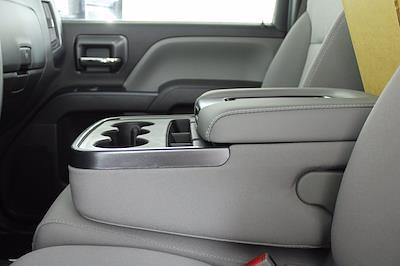 2019 Chevrolet Silverado 5500 DRW 4x2, Cab Chassis #D191281 - photo 18