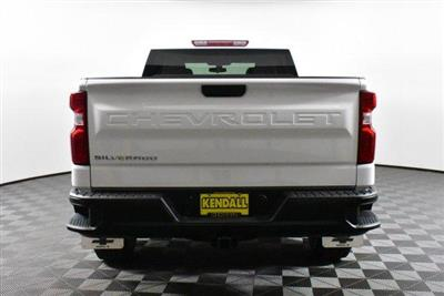2019 Silverado 1500 Crew Cab 4x4, Pickup #D191313 - photo 6