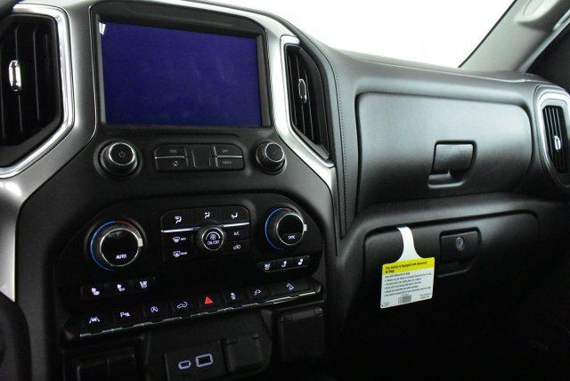 2019 Silverado 1500 Crew Cab 4x4,  Pickup #D191356 - photo 10