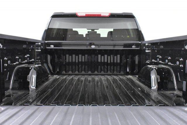 2019 Silverado 1500 Crew Cab 4x4,  Pickup #D191371 - photo 9