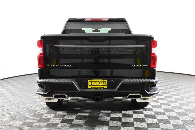 2019 Silverado 1500 Crew Cab 4x4,  Pickup #D191379 - photo 8