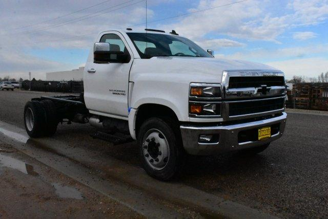 2019 Silverado Medium Duty Regular Cab DRW 4x2, Cab Chassis #D191398 - photo 3