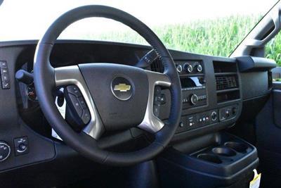 2019 Express 3500 4x2,  Morgan CityMax Cutaway Van #D191415 - photo 7
