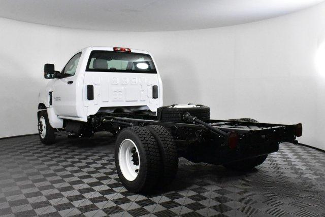 2019 Silverado Medium Duty Regular Cab DRW 4x2,  Cab Chassis #D191425 - photo 2