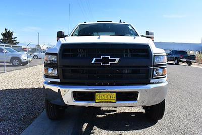 2019 Chevrolet Silverado 6500 DRW 4x4, Cab Chassis #D191433 - photo 3