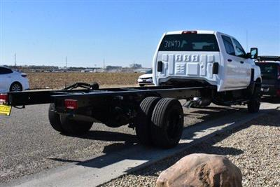 2019 Silverado Medium Duty Crew Cab DRW 4x4, Cab Chassis #D191433 - photo 5