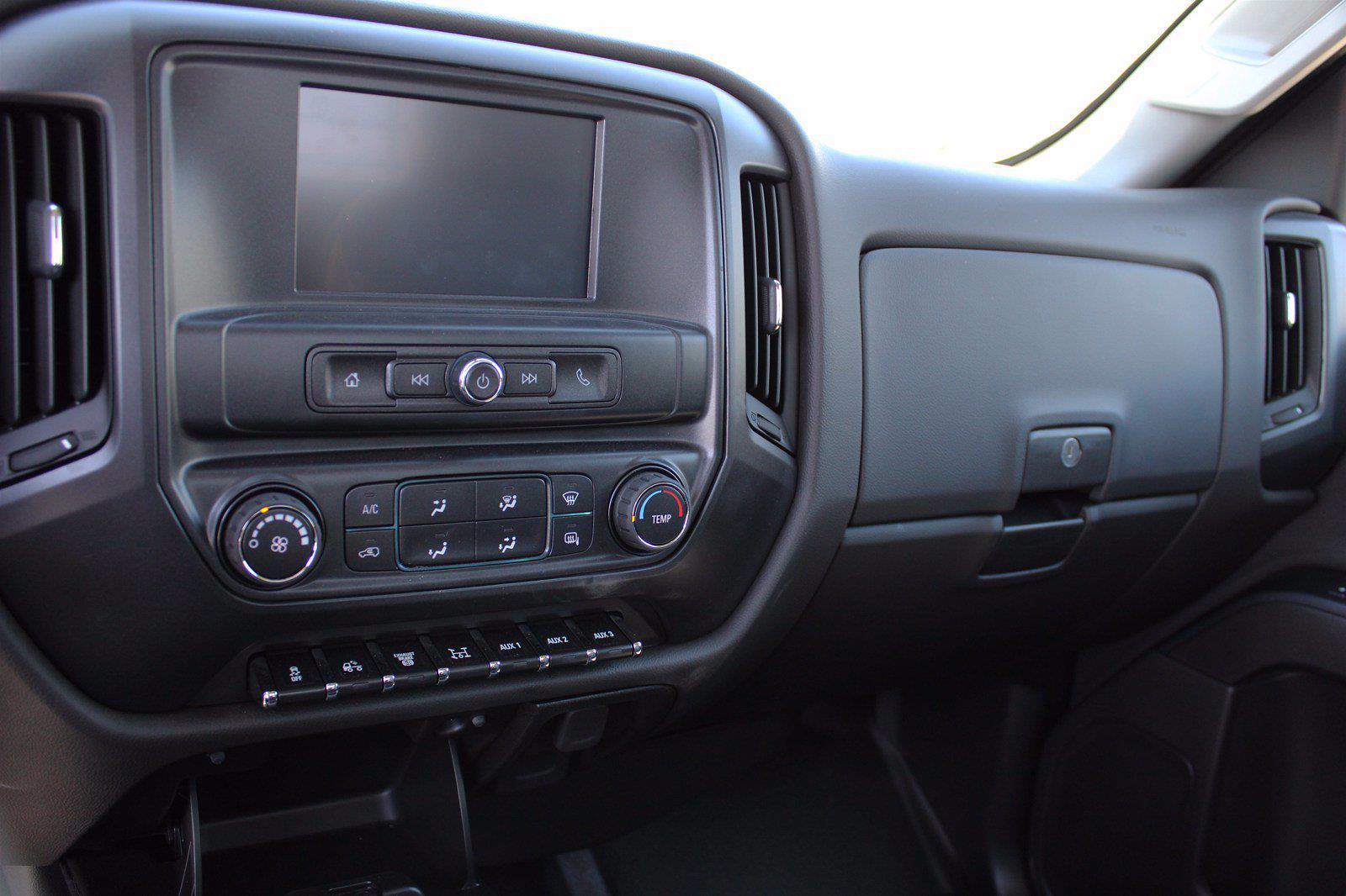 2019 Chevrolet Silverado 5500 DRW 4x2, Royal Service Body #D191446 - photo 7
