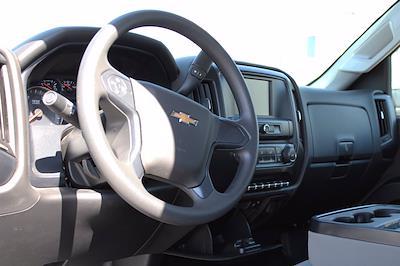 2019 Chevrolet Silverado 5500 DRW 4x2, Royal Truck Body Service Body #D191446 - photo 5