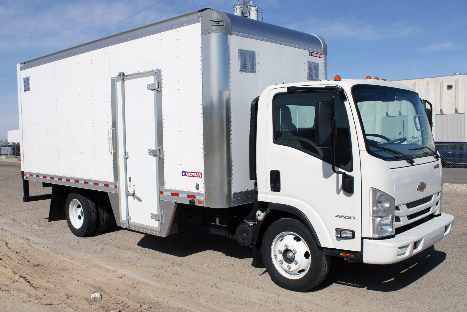 2019 Chevrolet LCF 4500 Regular Cab DRW 4x2, Morgan Dry Freight #D191550 - photo 3