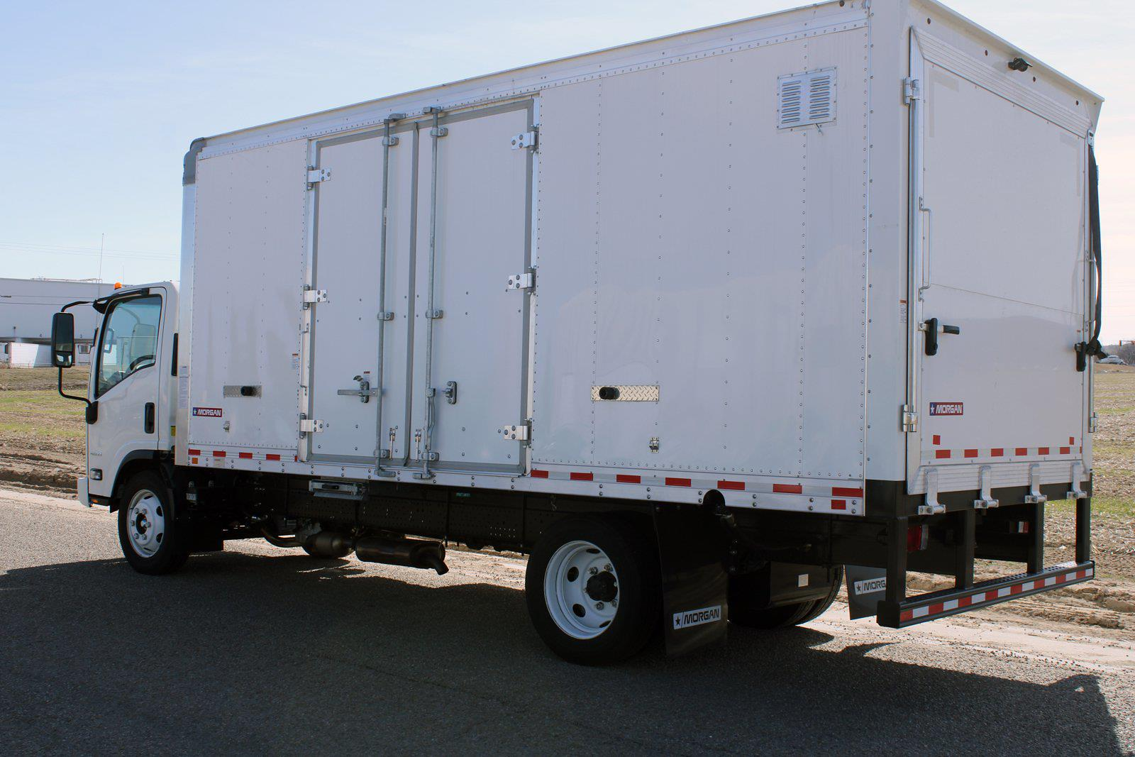 2019 Chevrolet LCF 4500 Regular Cab DRW 4x2, Morgan Dry Freight #D191550 - photo 2