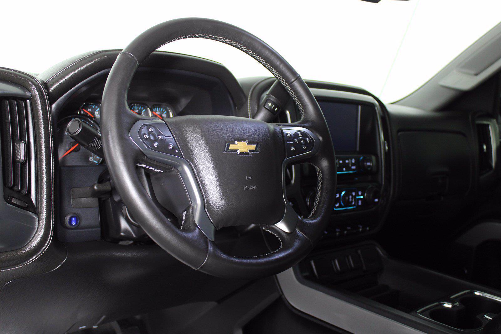 2017 Chevrolet Silverado 1500 Crew Cab 4x4, Pickup #D410436A - photo 5