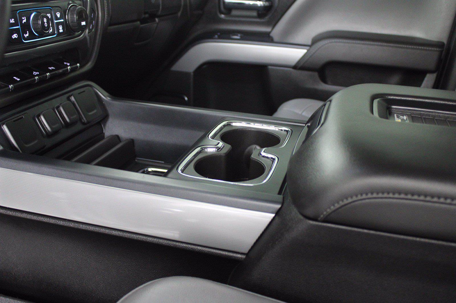 2017 Chevrolet Silverado 1500 Crew Cab 4x4, Pickup #D410436A - photo 7