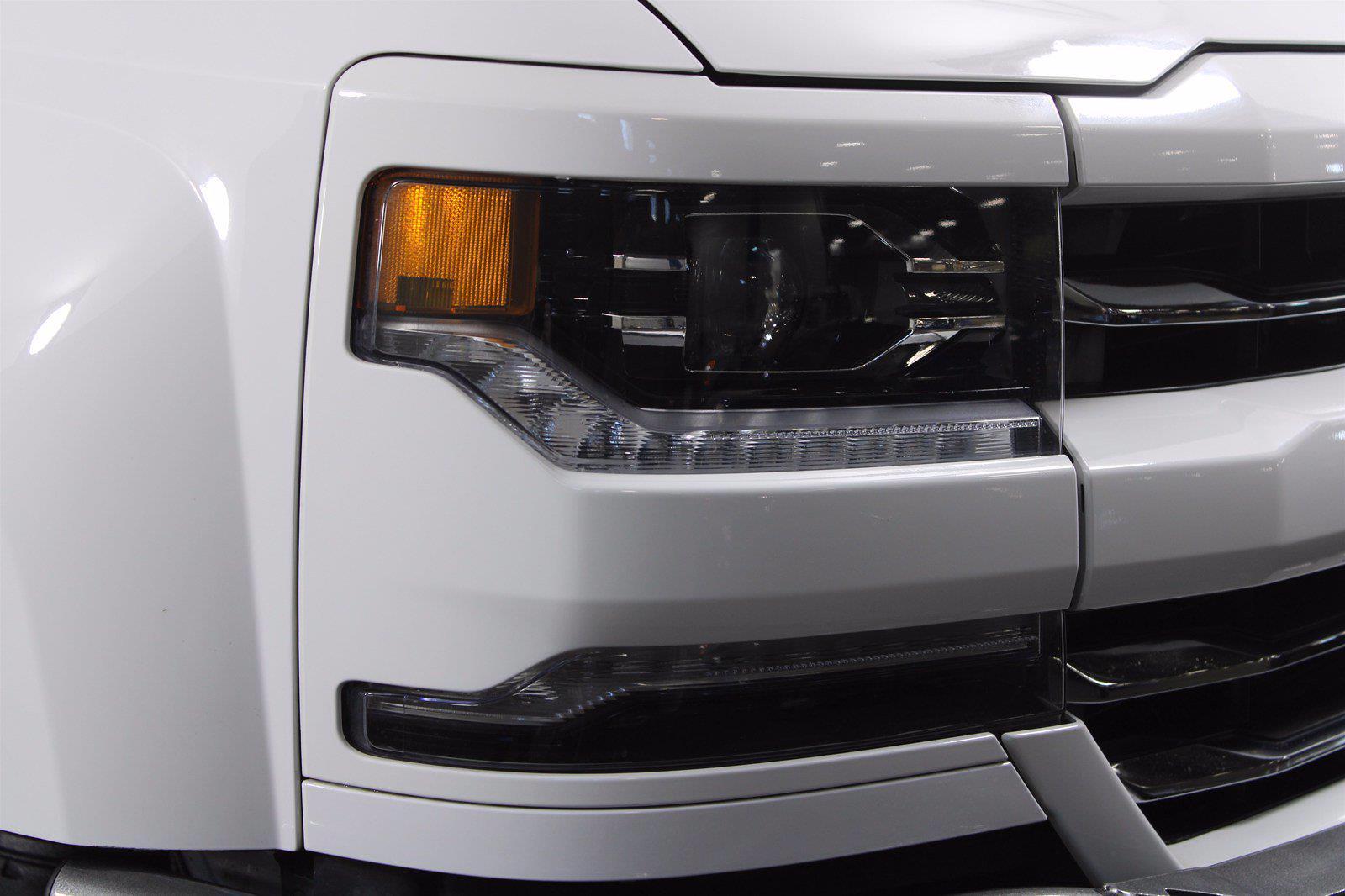 2017 Chevrolet Silverado 1500 Crew Cab 4x4, Pickup #D410436A - photo 2