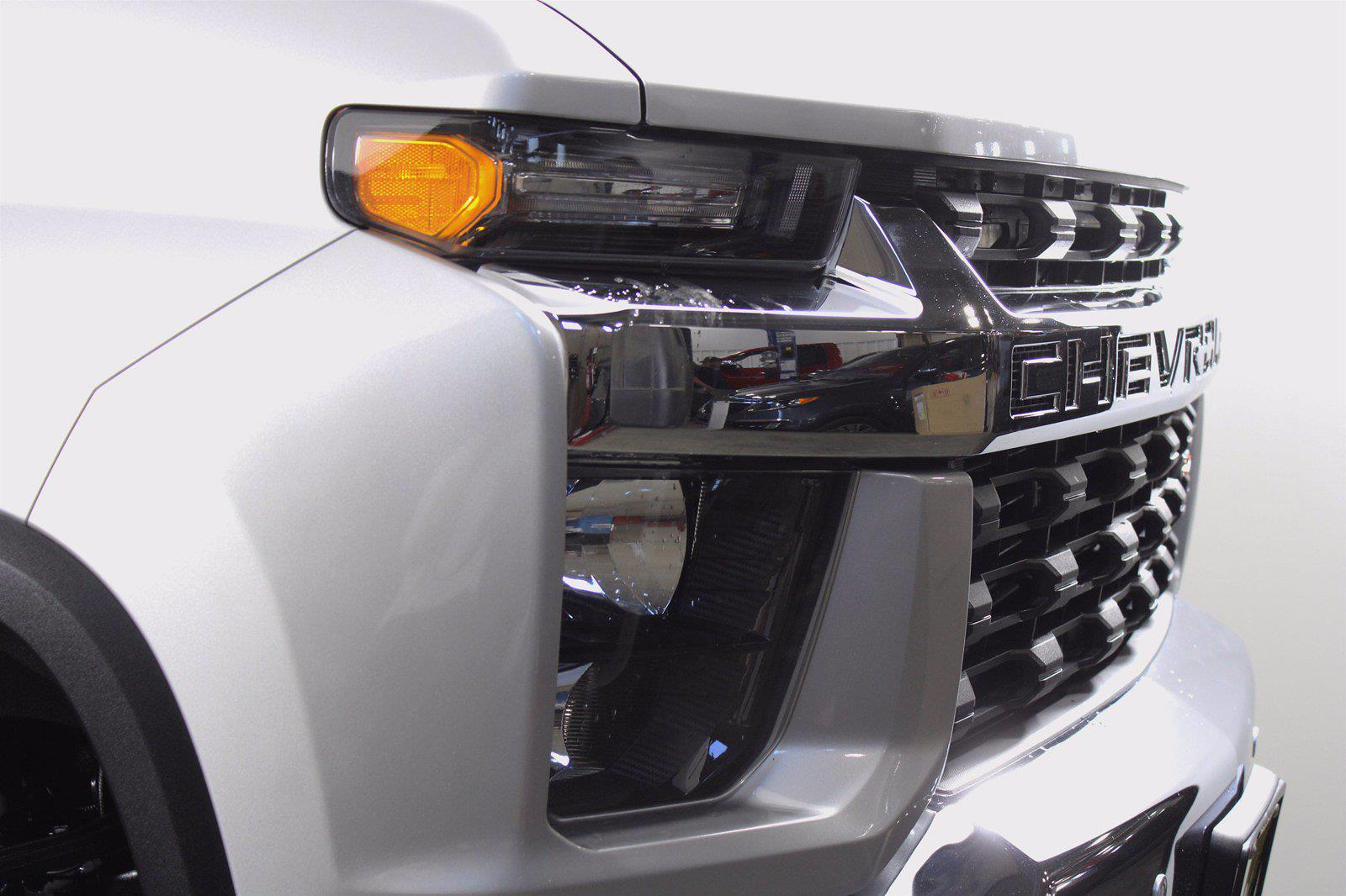 2020 Chevrolet Silverado 2500 Crew Cab 4x4, Pickup #D410830A - photo 1