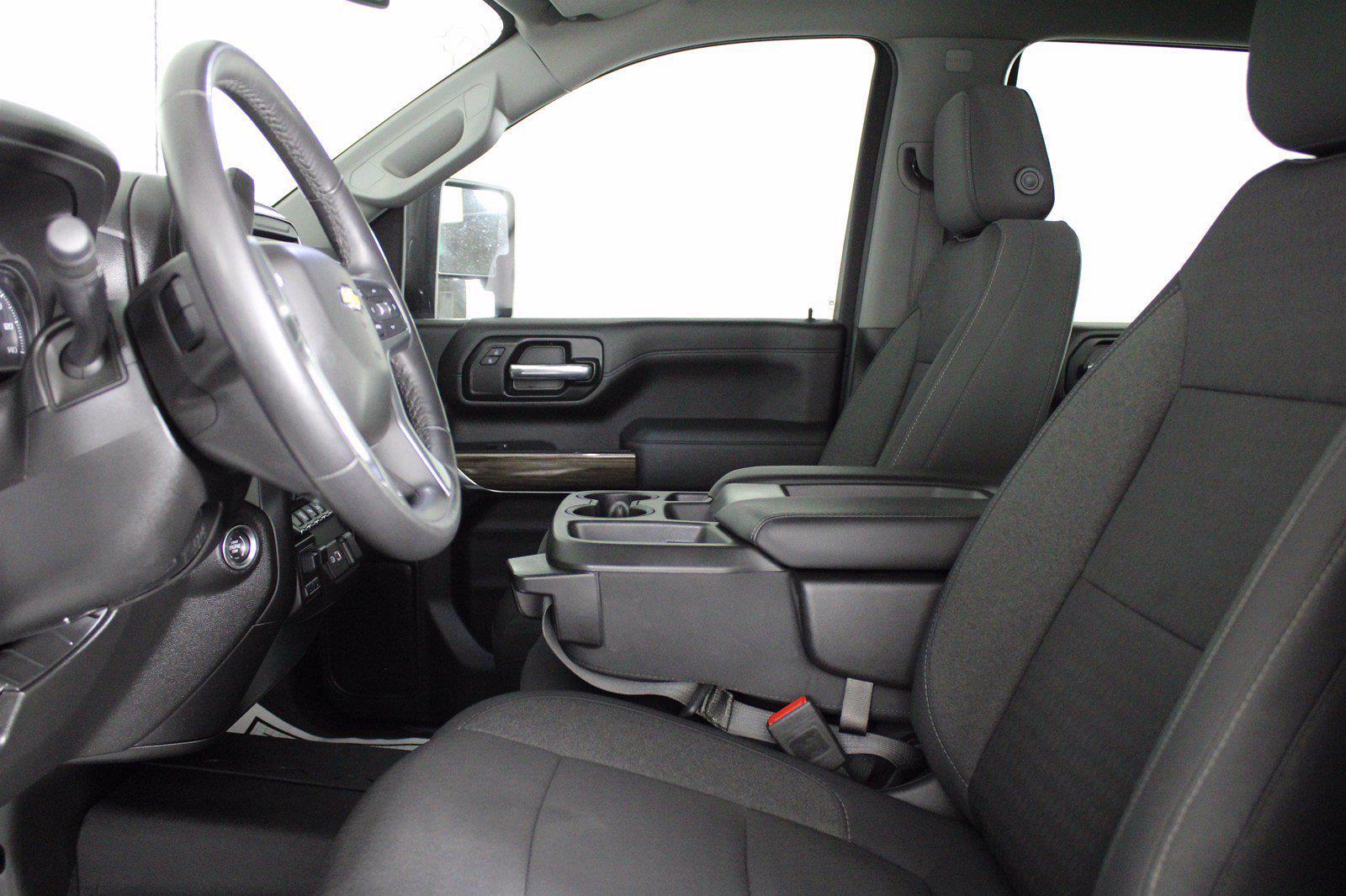 2020 Chevrolet Silverado 2500 Crew Cab 4x4, Pickup #D410830A - photo 16