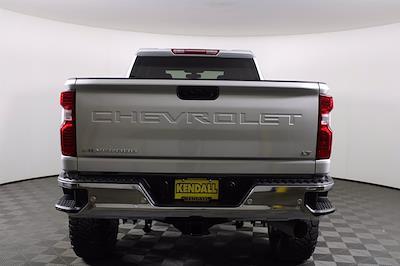 2020 Chevrolet Silverado 2500 Crew Cab 4x4, Pickup #D410830A - photo 2