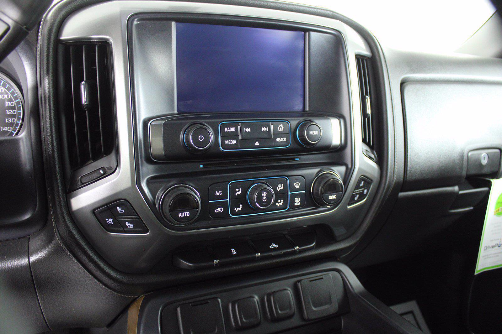 2016 Chevrolet Silverado 1500 Crew Cab 4x4, Pickup #D410879A - photo 9