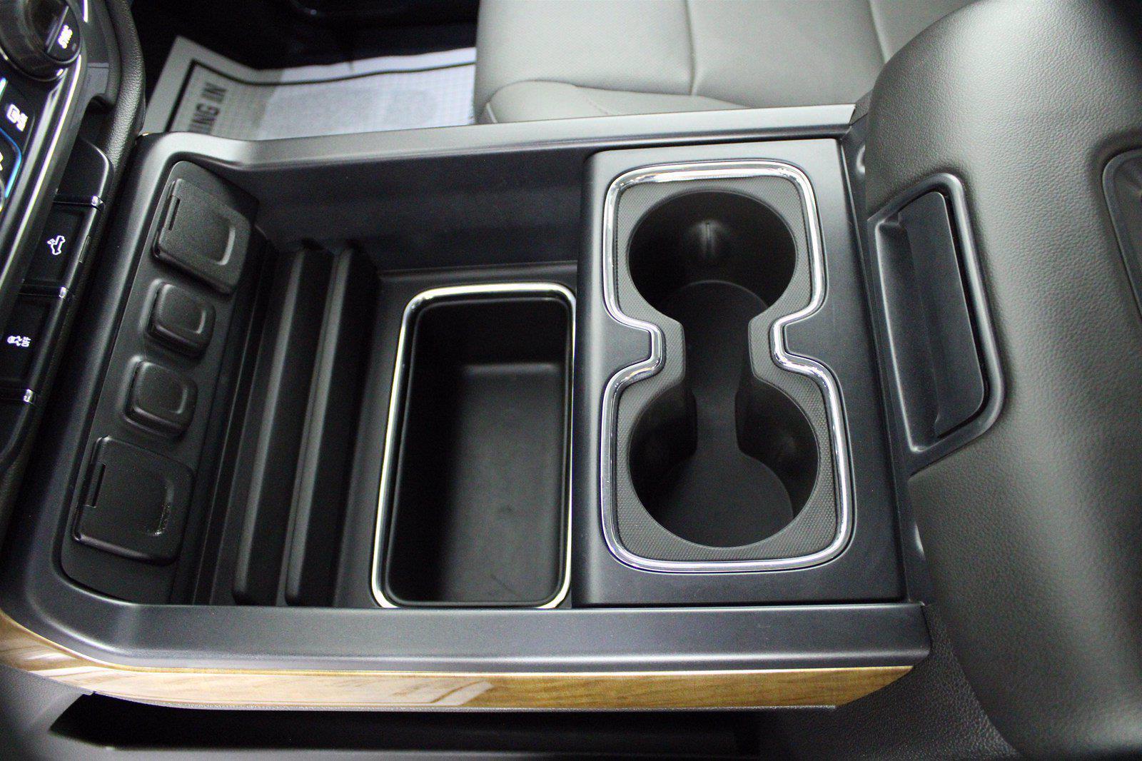 2016 Chevrolet Silverado 1500 Crew Cab 4x4, Pickup #D410879A - photo 10