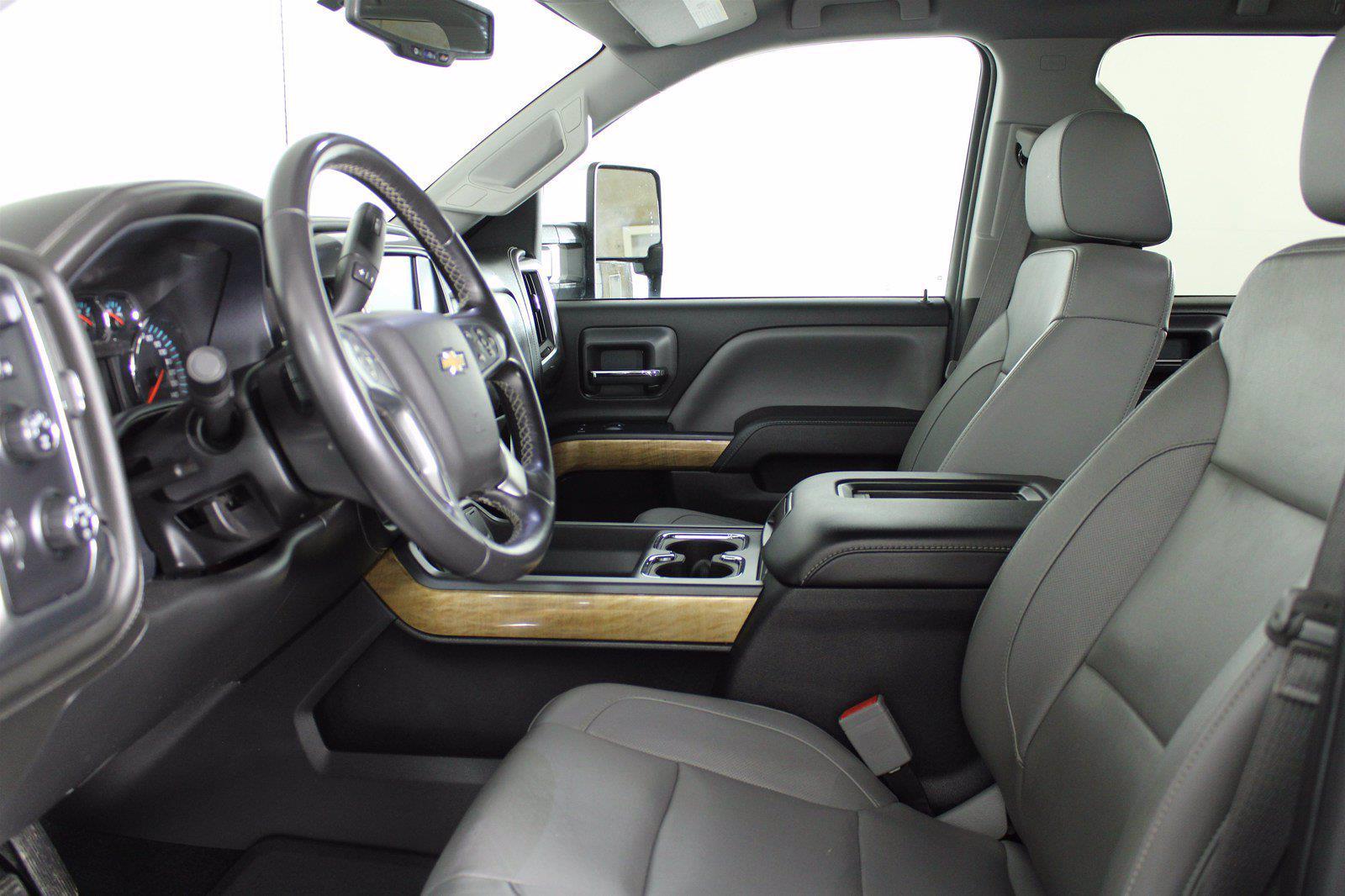 2016 Chevrolet Silverado 1500 Crew Cab 4x4, Pickup #D410879A - photo 11