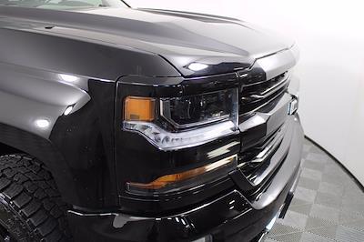 2017 Chevrolet Silverado 1500 Crew Cab 4x4, Pickup #D410991A - photo 3