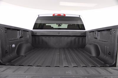 2018 Chevrolet Silverado 1500 Crew Cab 4x4, Pickup #D410995A - photo 4