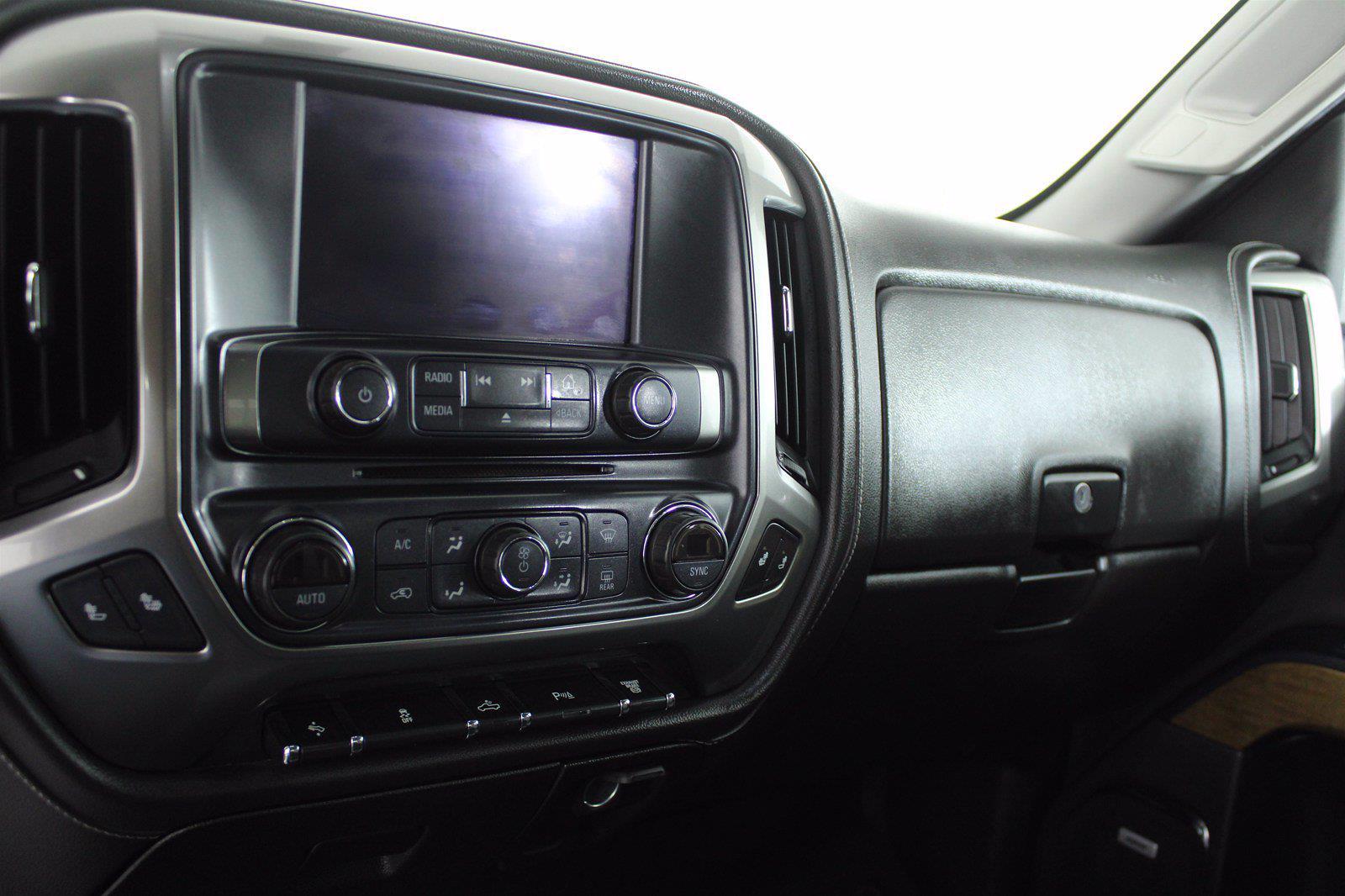 2019 Silverado 3500 Crew Cab 4x4,  Pickup #D420022A - photo 18
