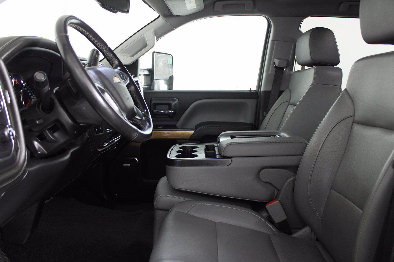 2019 Silverado 3500 Crew Cab 4x4,  Pickup #D420022A - photo 23