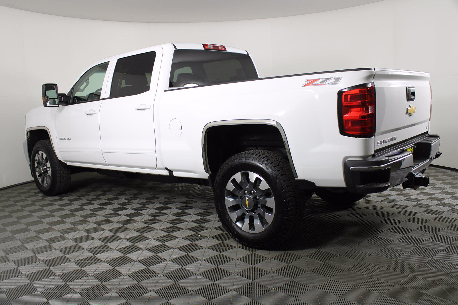 2016 Chevrolet Silverado 2500 Crew Cab 4x4, Pickup #DAC0054 - photo 14