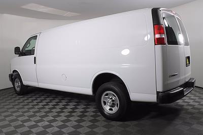 2017 Chevrolet Express 2500 4x2, Empty Cargo Van #DAC0339 - photo 4