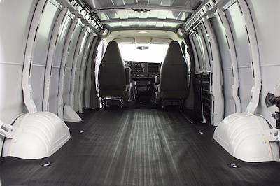 2017 Chevrolet Express 2500 4x2, Empty Cargo Van #DAC0339 - photo 12