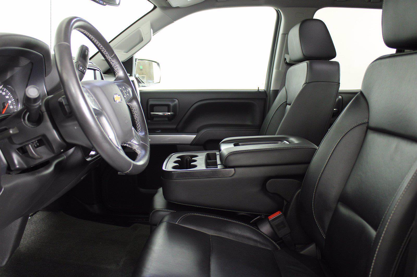 2017 Chevrolet Silverado 1500 Double Cab 4x4, Pickup #DAC0632 - photo 5