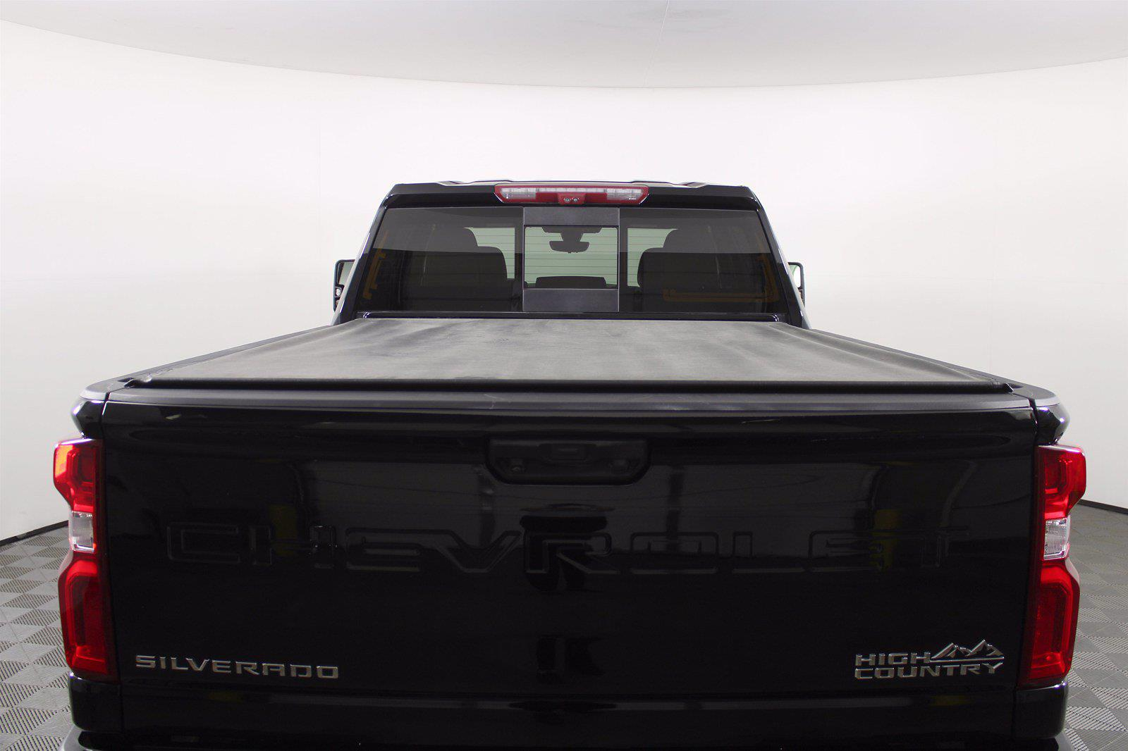 2020 Chevrolet Silverado 3500 Crew Cab 4x4, Pickup #DAZ0607 - photo 1