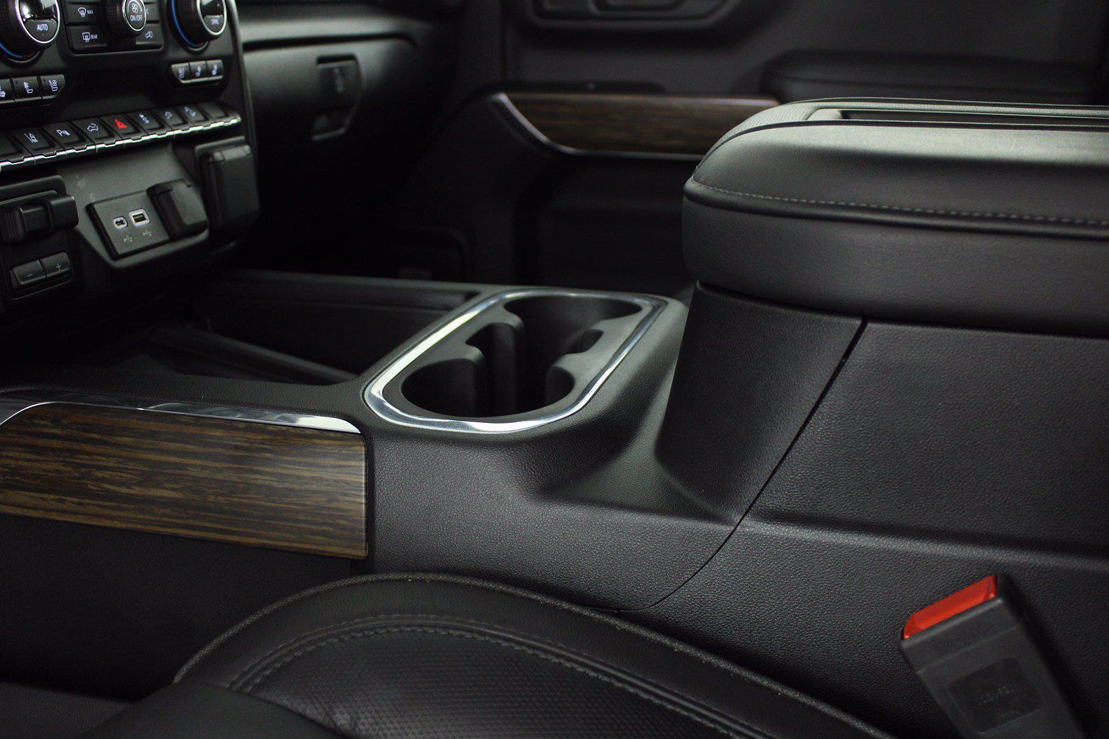 2020 Chevrolet Silverado 3500 Crew Cab 4x4, Pickup #DAZ0607 - photo 6