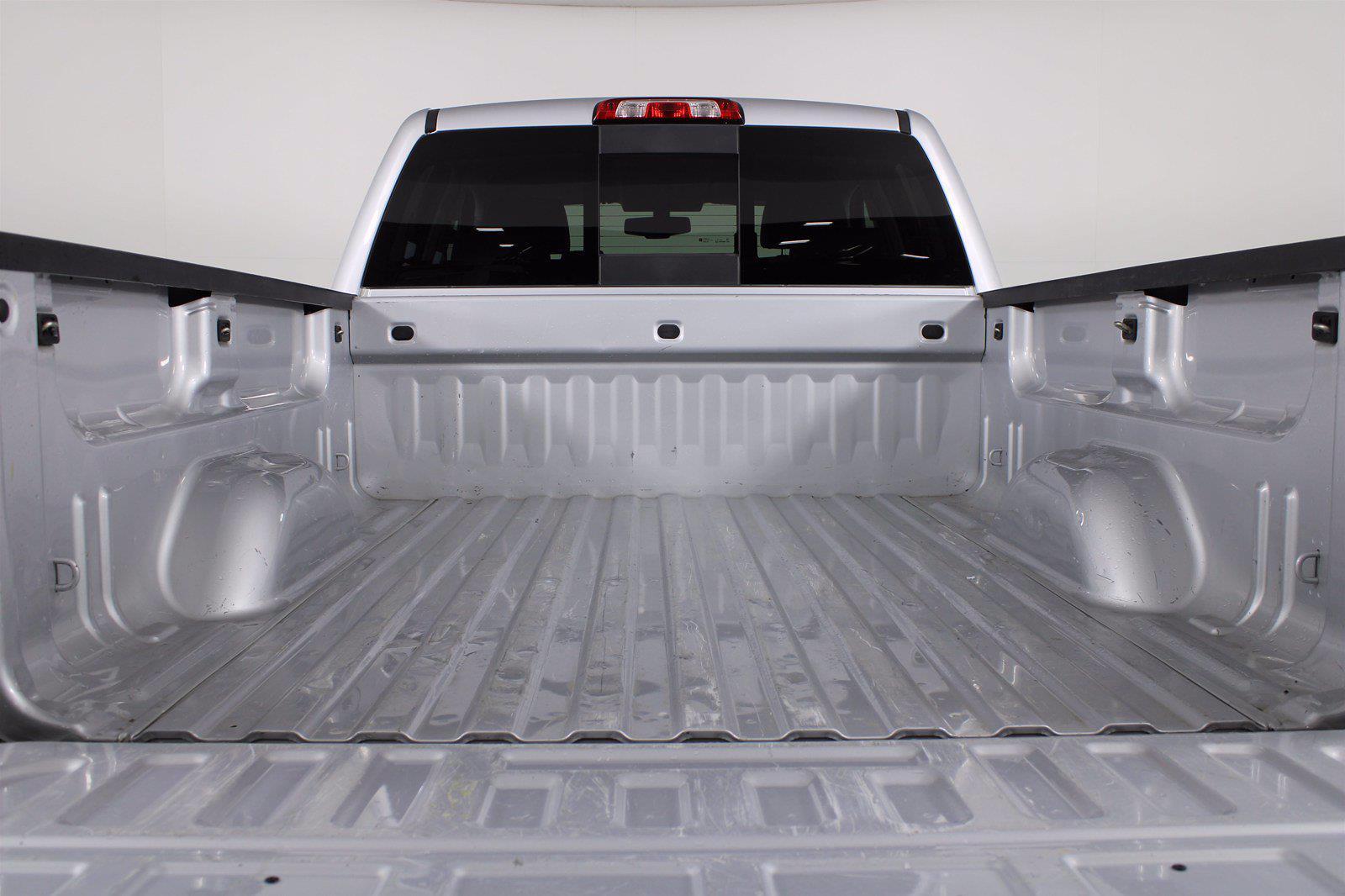 2018 Chevrolet Silverado 1500 Double Cab 4x4, Pickup #DC90342A - photo 2