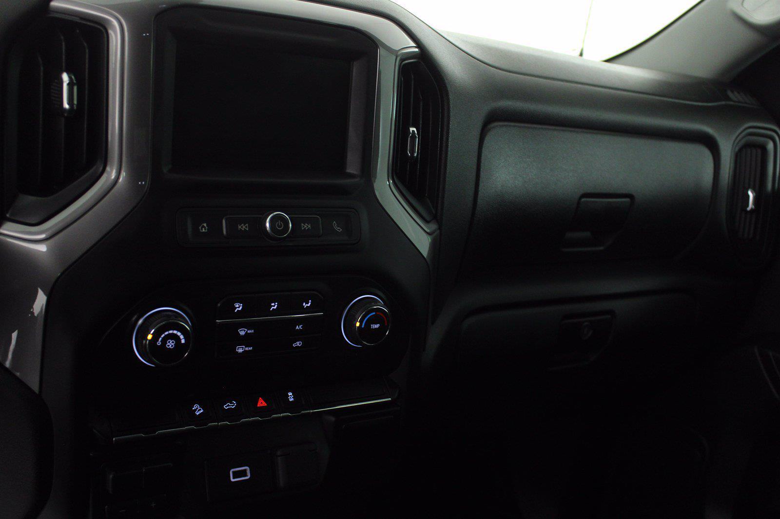 2019 Chevrolet Silverado 1500 Crew Cab 4x4, Pickup #DTC1575A - photo 1
