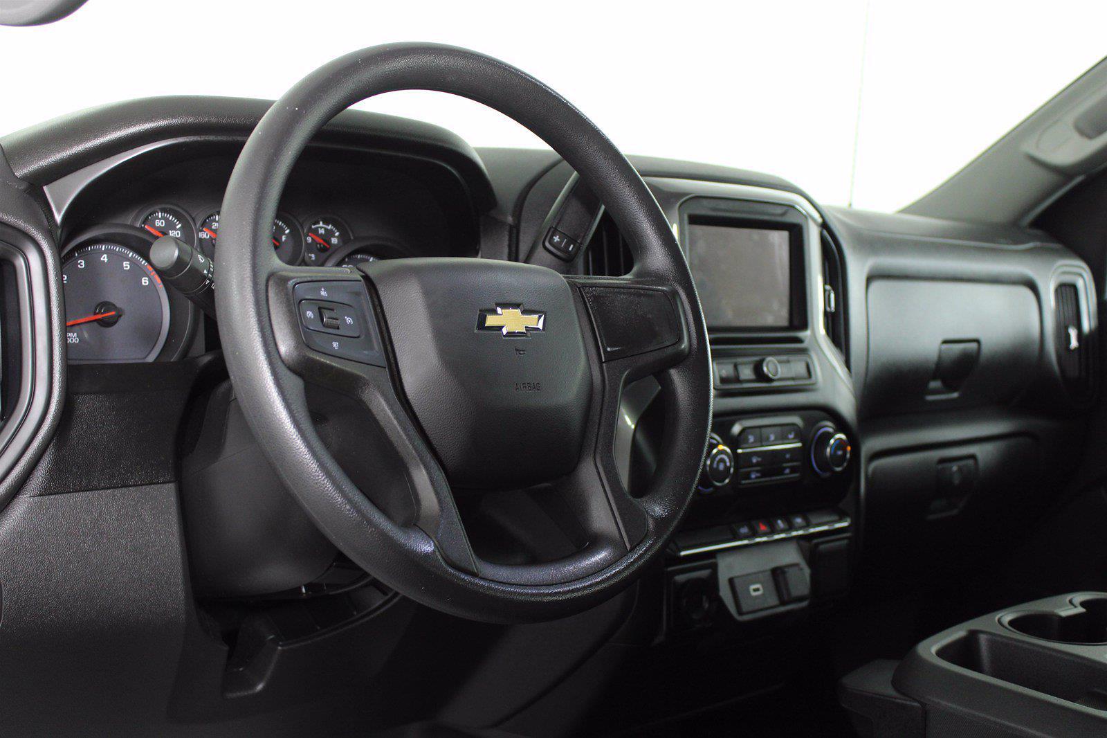 2020 Chevrolet Silverado 1500 Crew Cab 4x2, Pickup #DTC1616 - photo 5