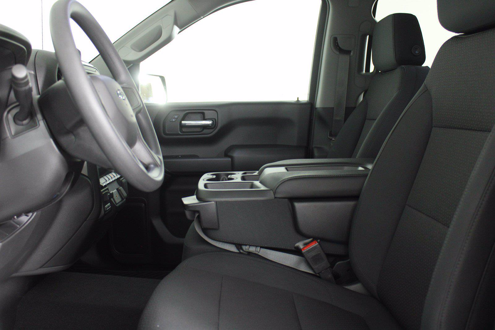 2020 Chevrolet Silverado 1500 Crew Cab 4x4, Pickup #DTC1713 - photo 7
