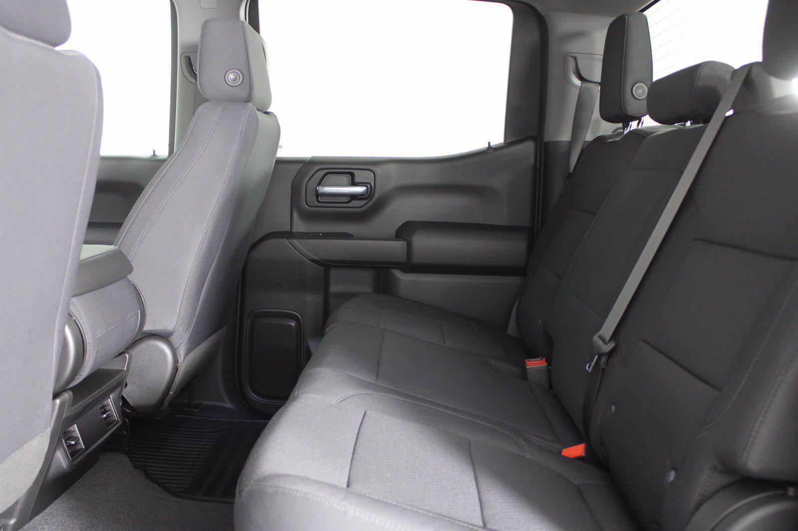 2020 Chevrolet Silverado 1500 Crew Cab 4x4, Pickup #DTC1713 - photo 8